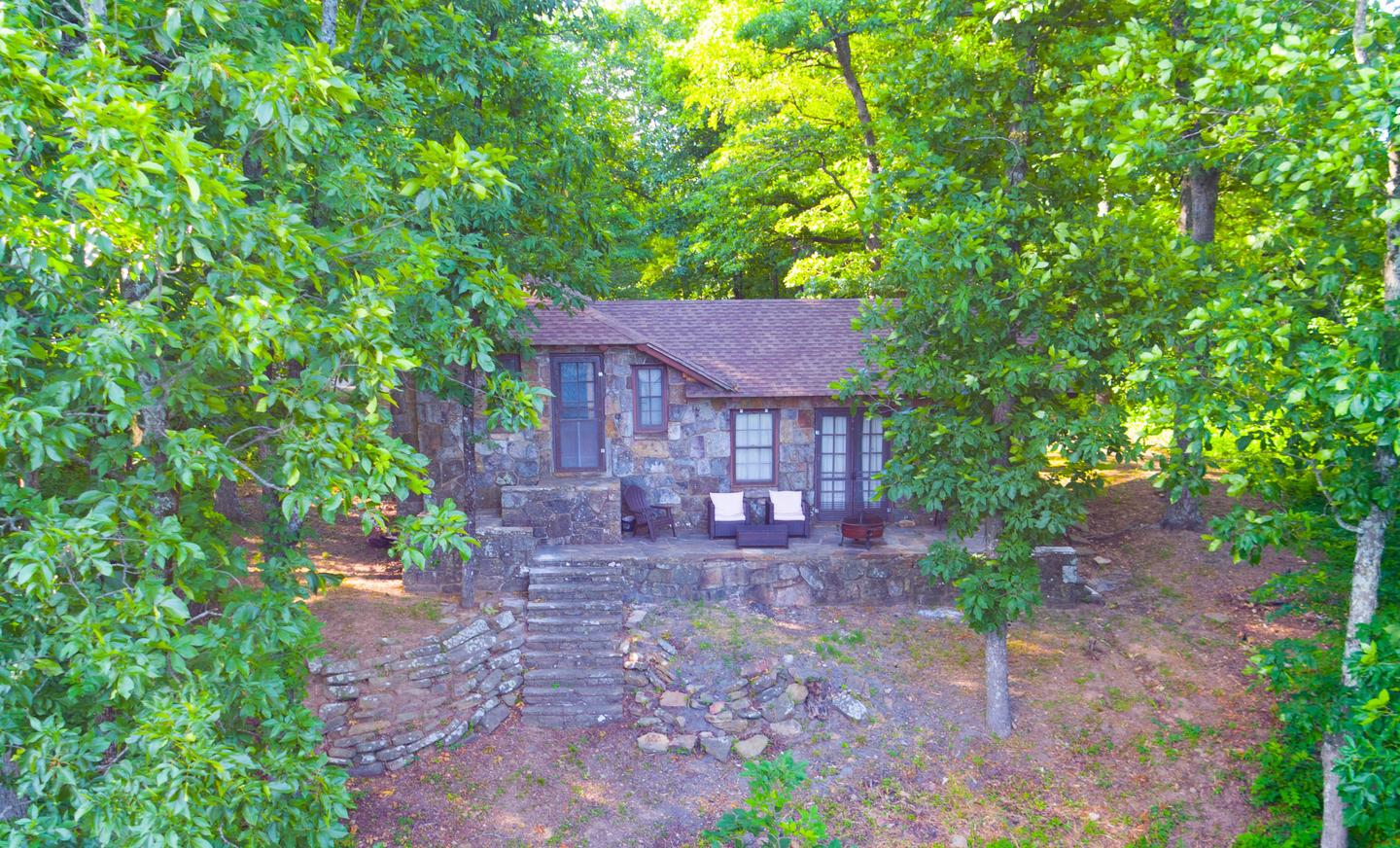 White Rock Mountain, Cabin B beautiful back patio.Cabin B's back patio is private, quiet, and features a BBQ grill, fire pit, new patio furnishings for up to 4, and spectacular views.