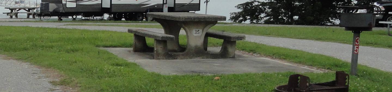 OBEY RIVER PARK SITE # 35