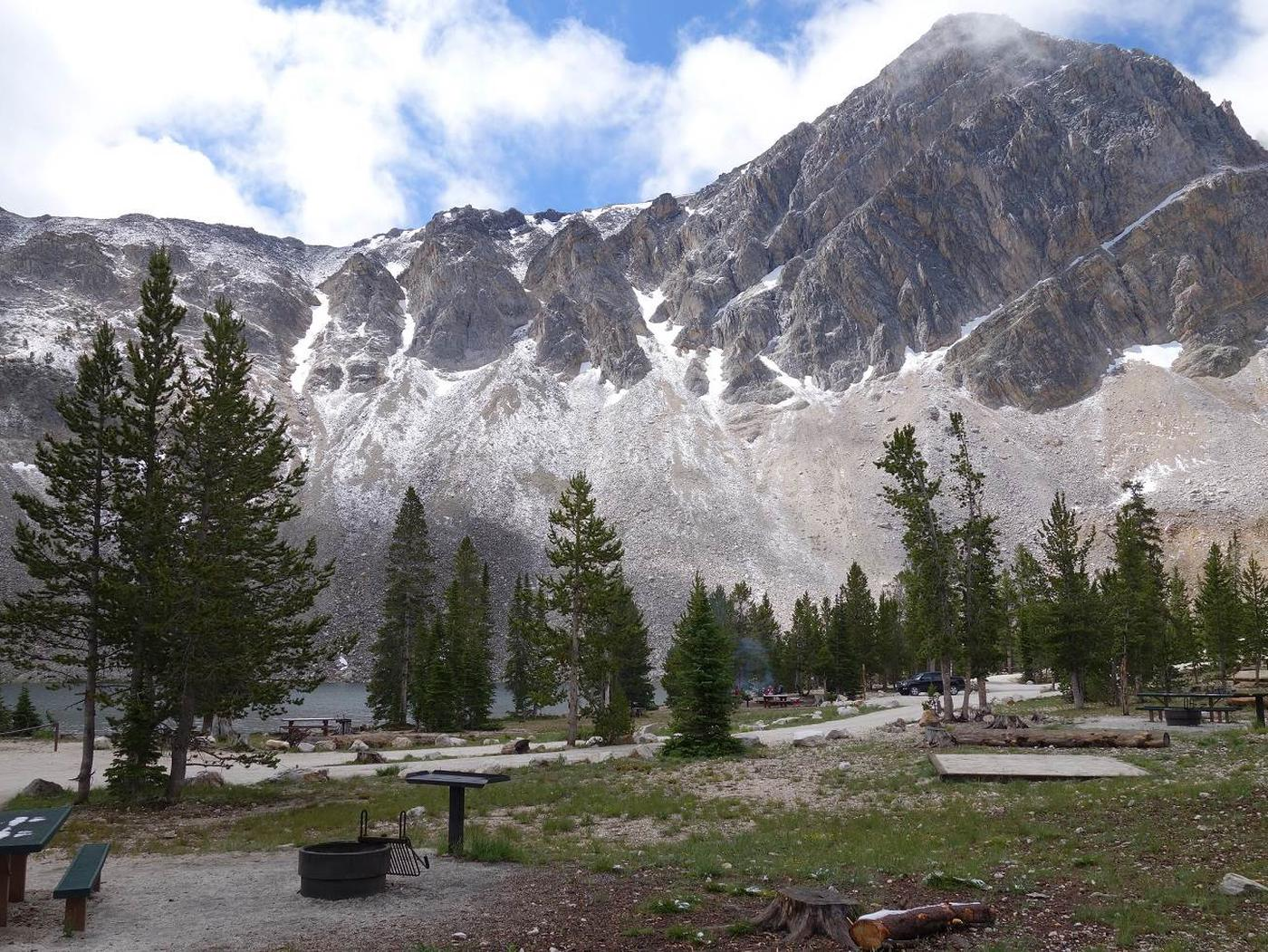 Meadow Lake Campground and Meadow Lake Peak
