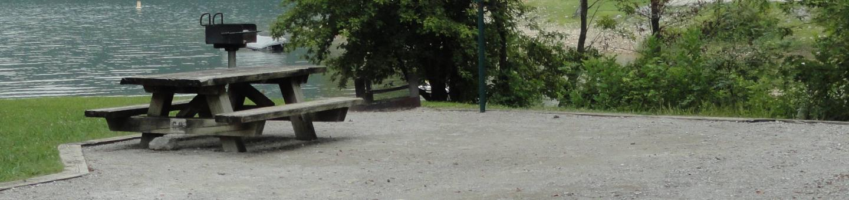 OBEY RIVER PARK SITE #68