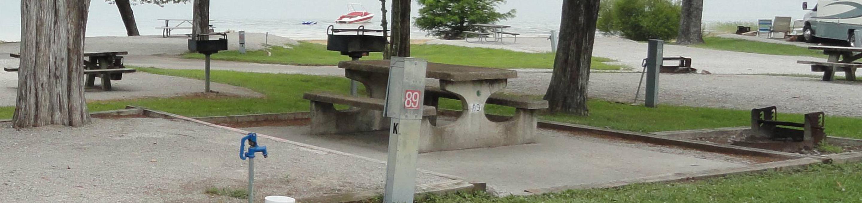 OBEY RIVER PARK SITE #89