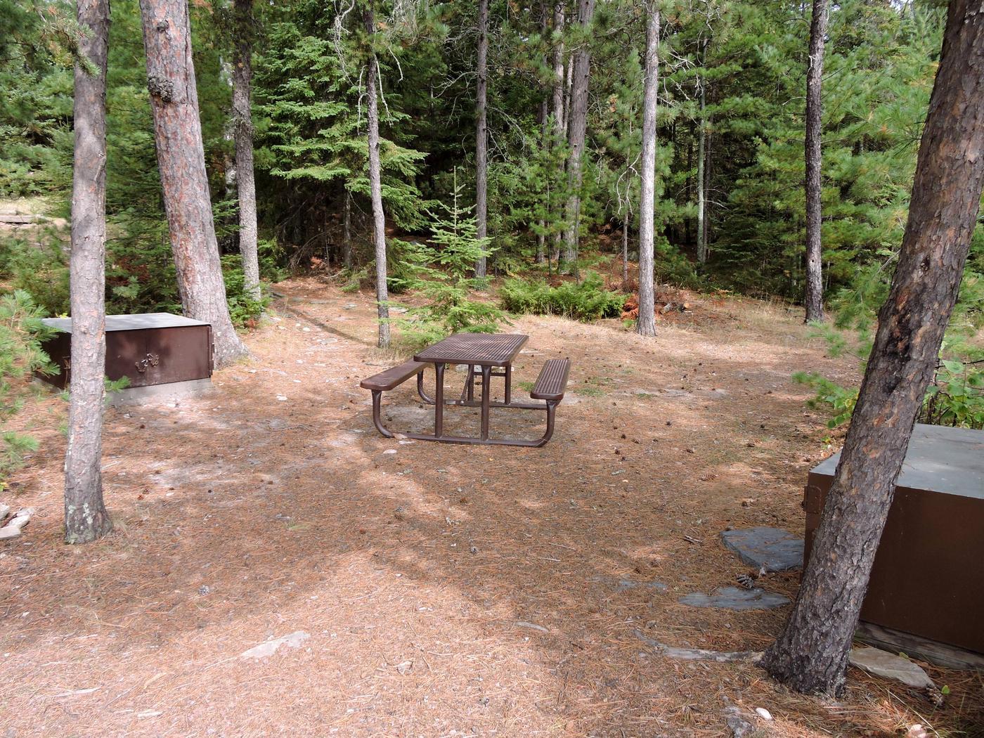 R64 - Mio BeachView of campsite
