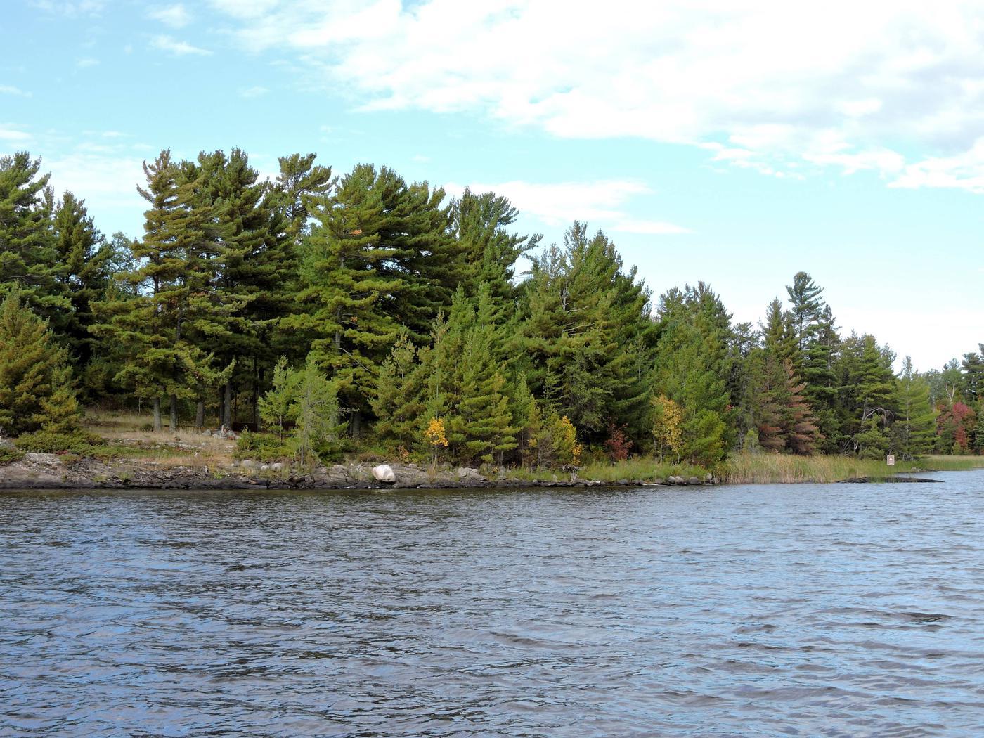 R65 - Reuter CreekR65 - Reuter Creek campsite on Rainy Lake