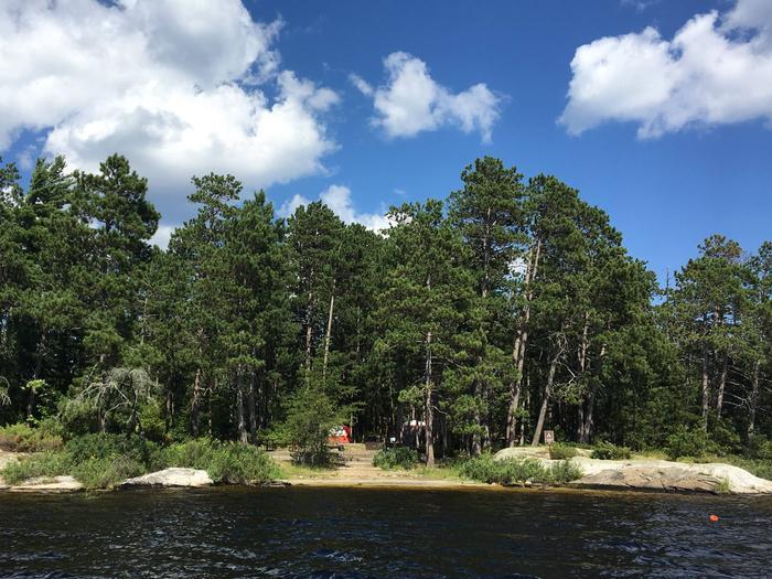 R92 - Blueberry Island WestR92 - Blueberry Island West campsite on Rainy Lake