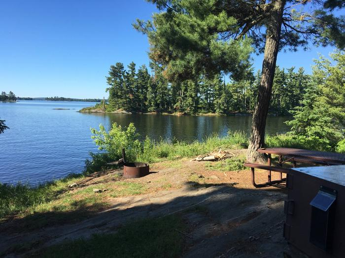 K24 - NorthlandK24 - Northland campsite on Kabetogama Lake