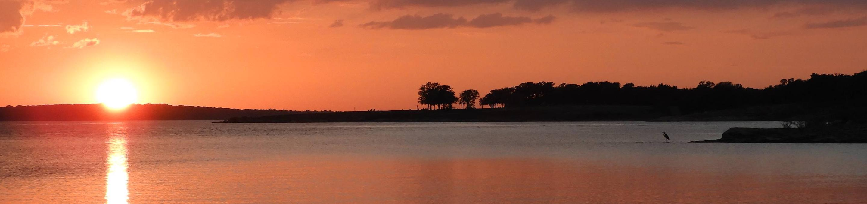 Sunset over Grapevine Lake