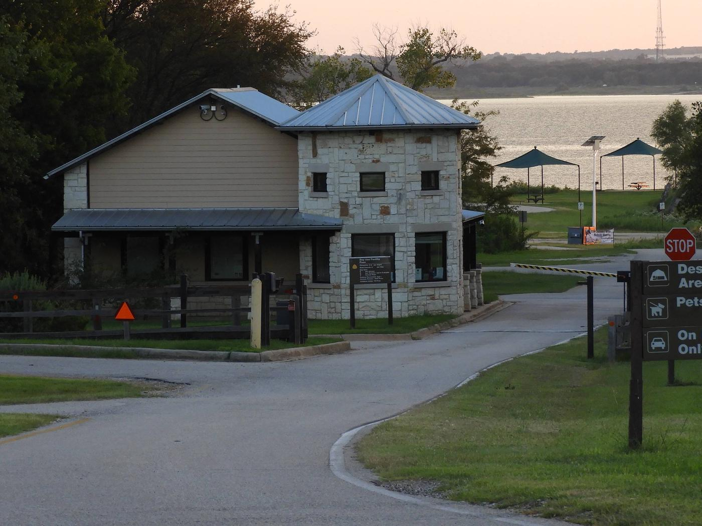Murrell Park Gatehouse
