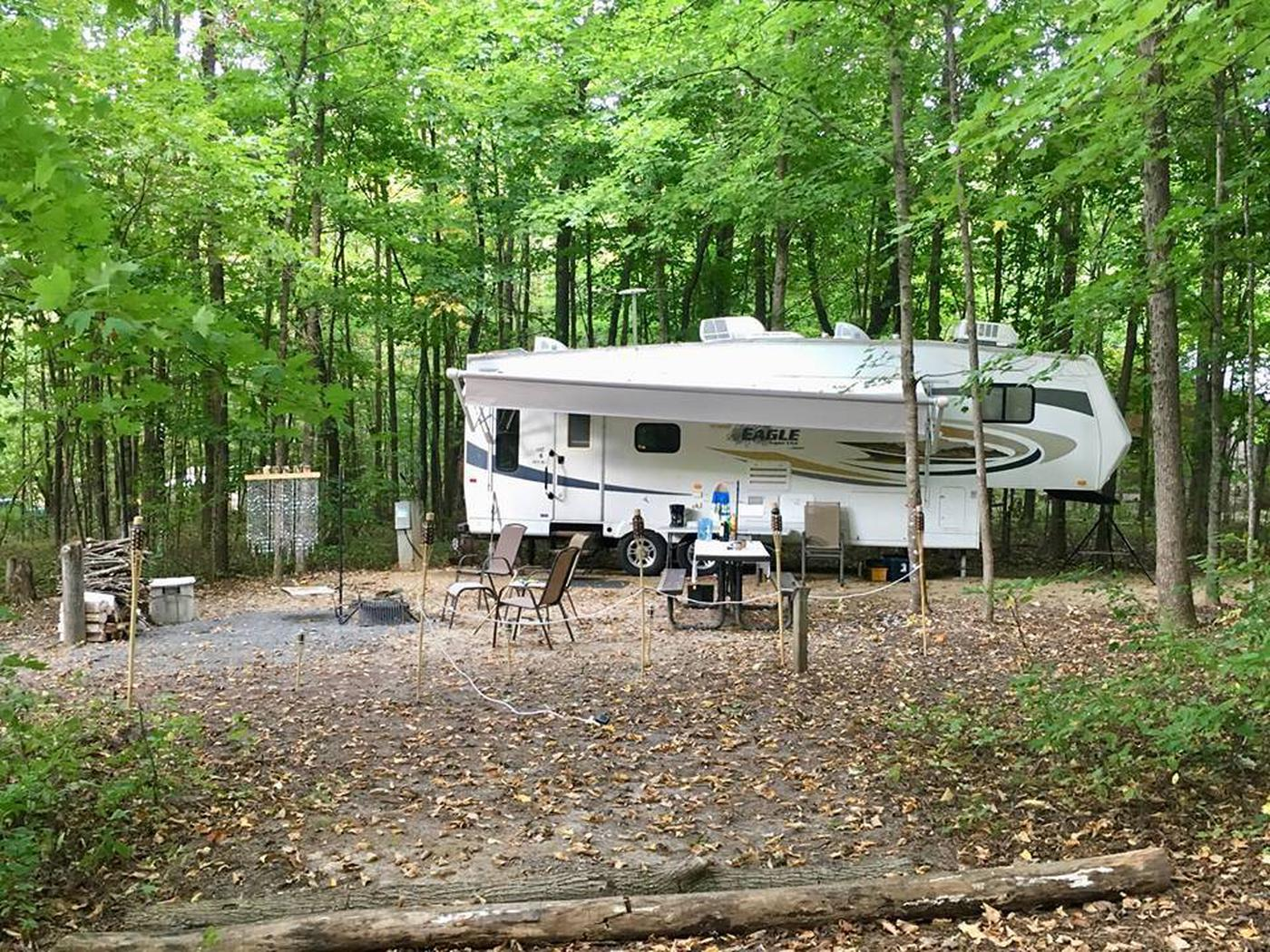 Site 10 with camper (side image)