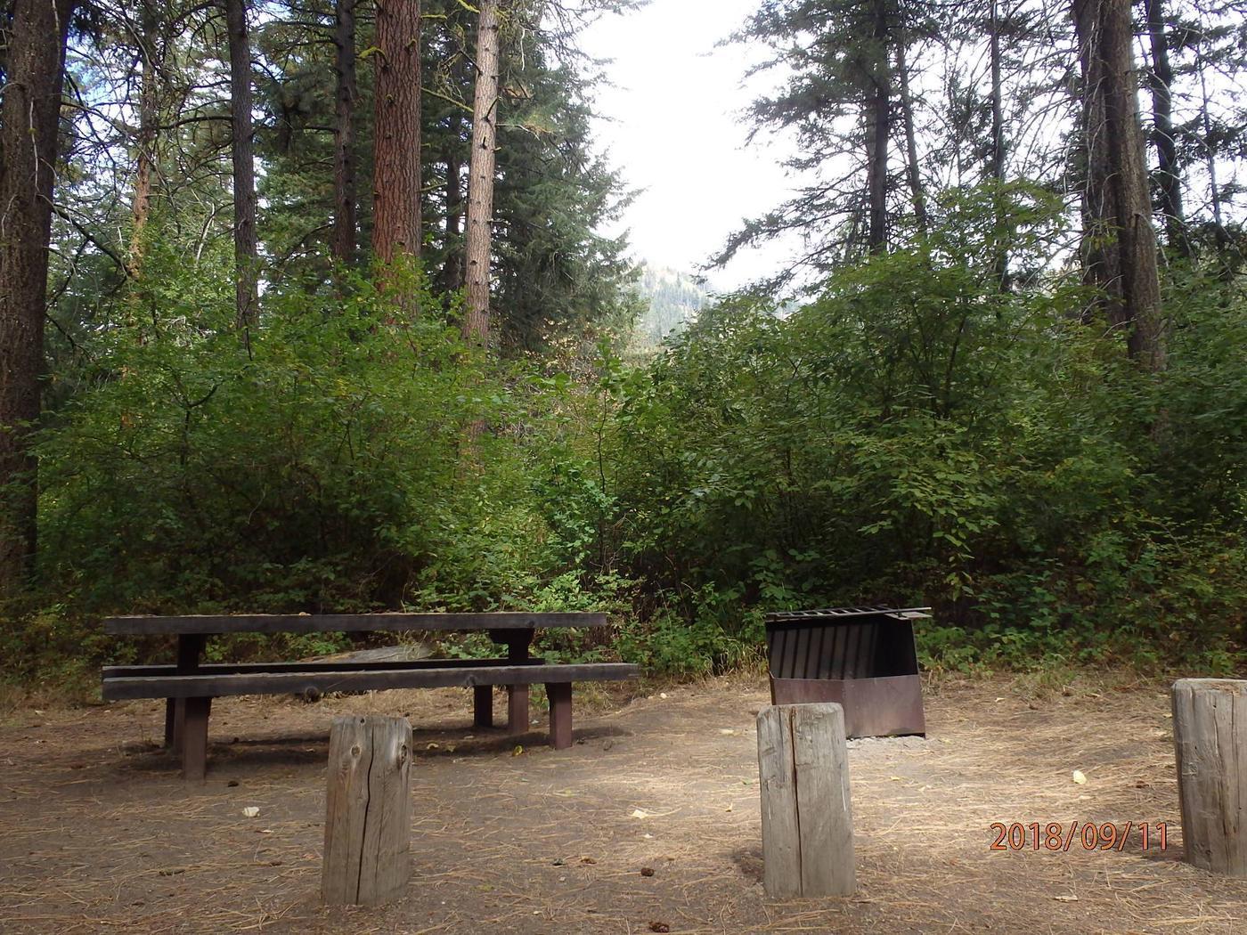 Willows CampgroundCampsite 3