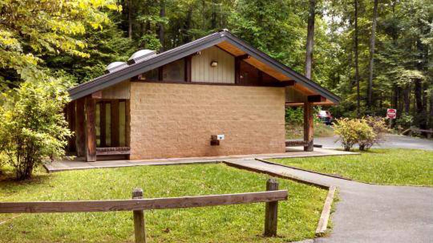 Bathhouse at Cardens Bluff Campground
