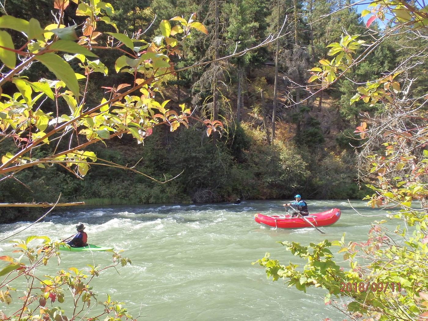 Willows CampgroundRafting is a popular activity on the Tieton River