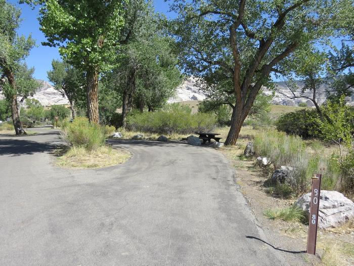 Site 80Pull-through parking area.