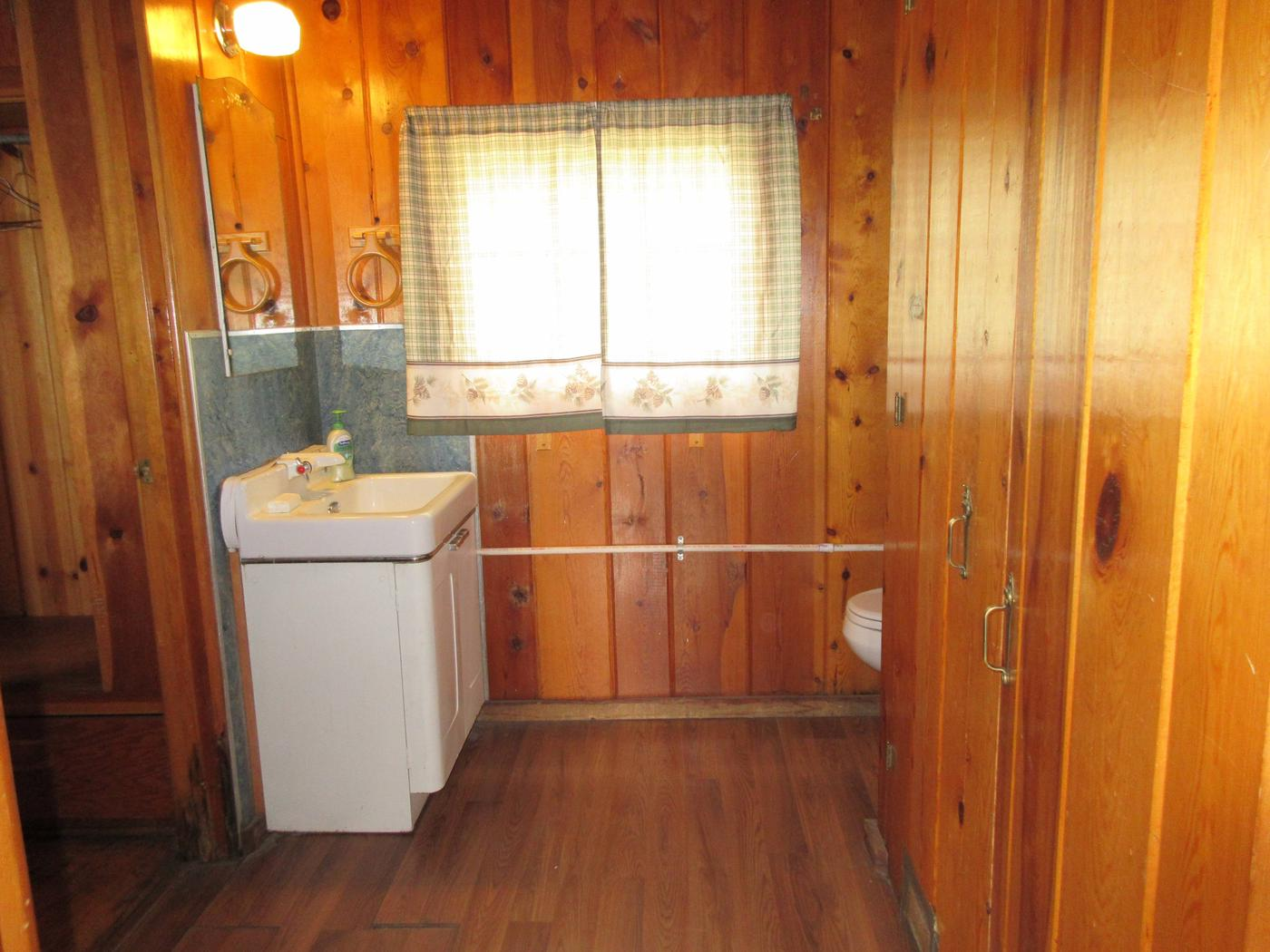 Bathroom at Caldwell CabinCaldwell Cabin