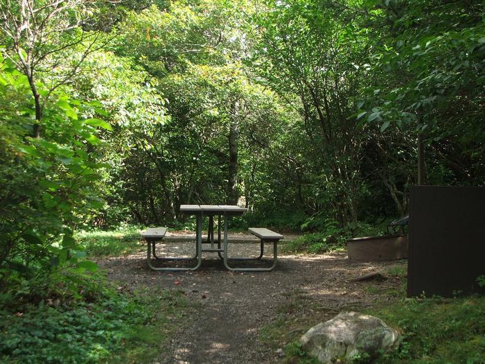 C Loop Site 32 - Tent Nonelectric