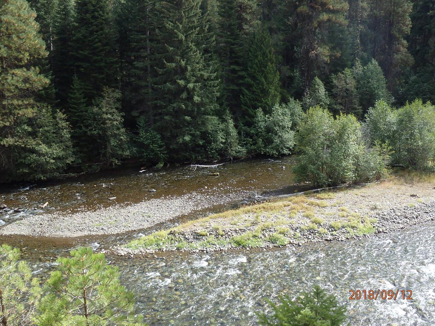 Indian Flat Group SiteViews of the River