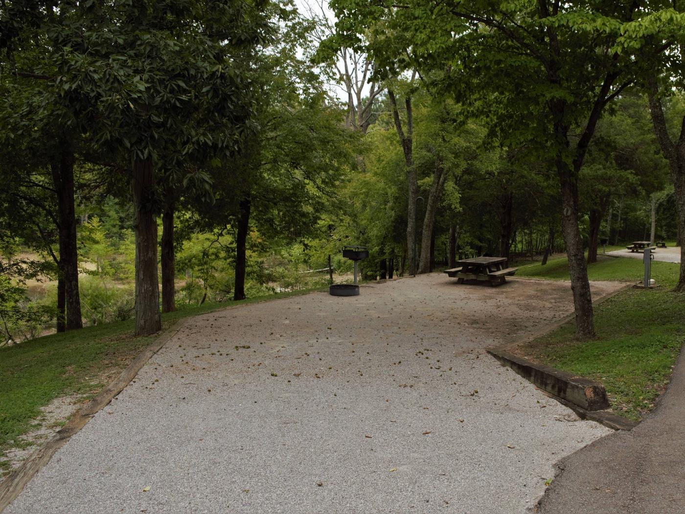 WILLOW GROVE CAMPGROUND SITE # 14