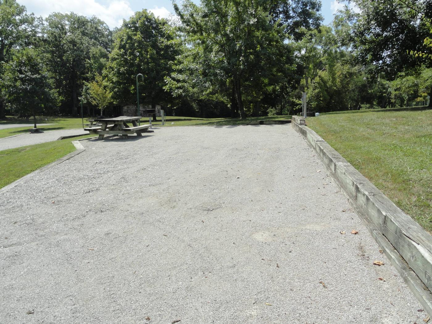 WILLOW GROVE CAMPGROUND SITE #18