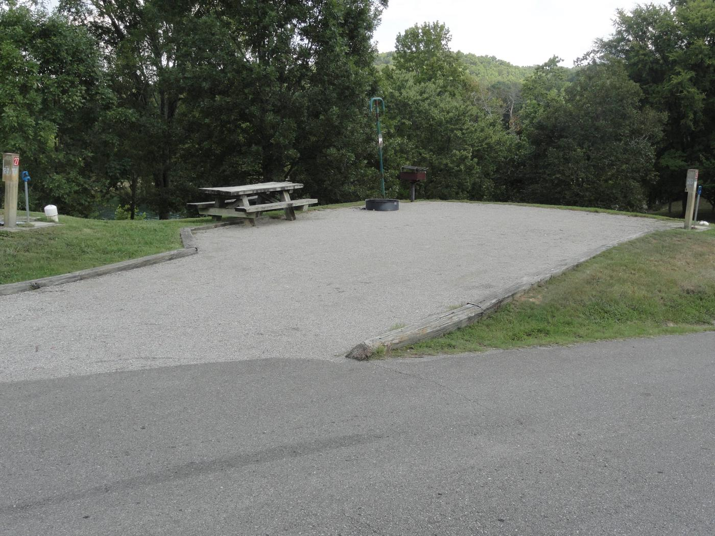 WILLOW GROVE CAMPGROUND SITE #25
