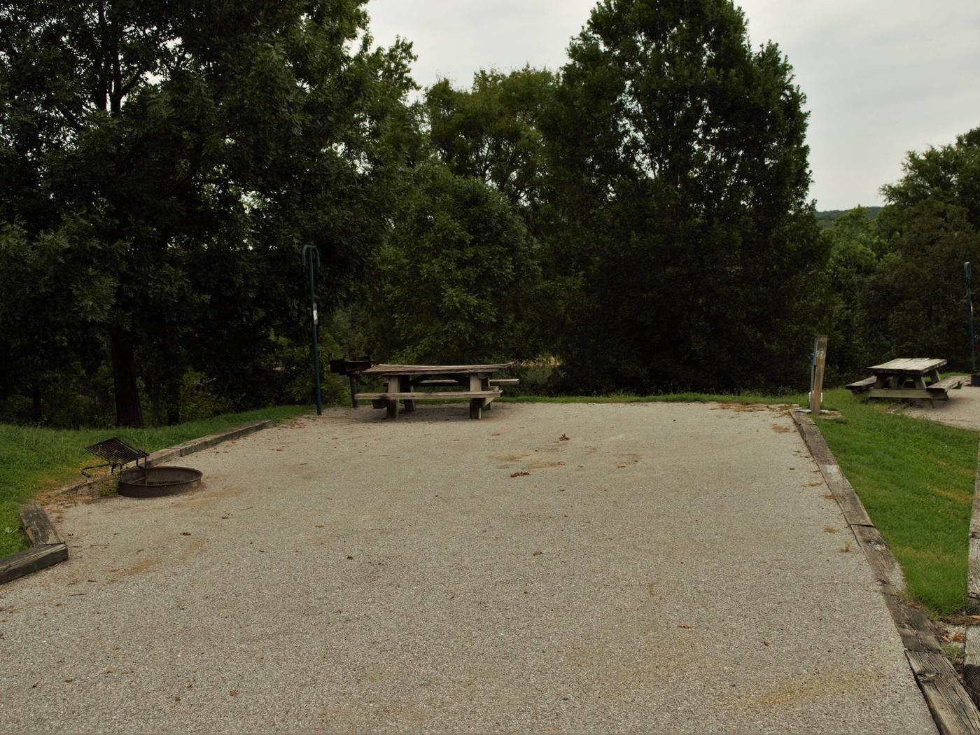 WILLOW GROVE CAMPGROUND SITE #27