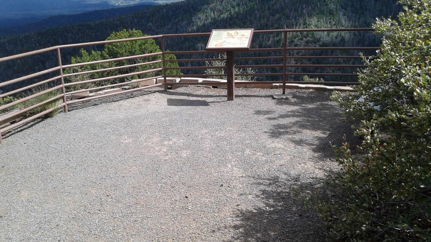 This is a picture of a lookout La Madera Canyon Overlook point