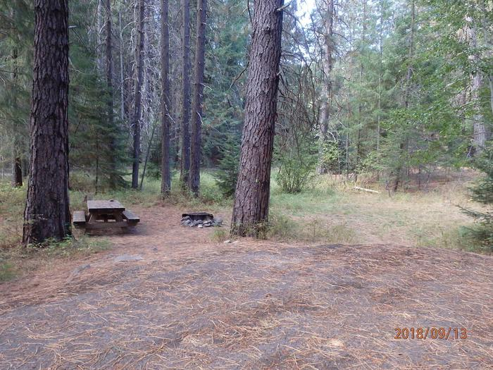 Kaner FlatThis site is offered first come first serve a d has space for two tents or an RV