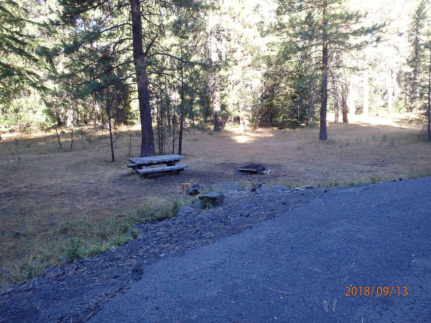 Kaner FlatThis site is a first come first serve, plenty of space for camping