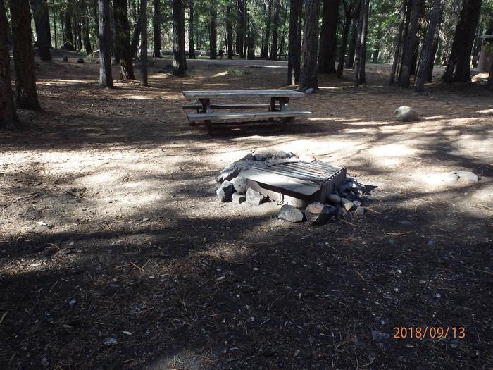 Kaner FlatNice open site to set up camp