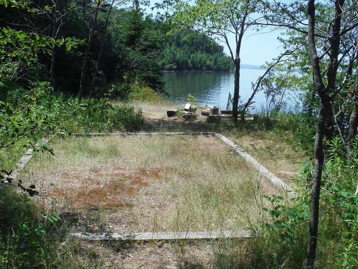 Stockton Island site 21 campsite