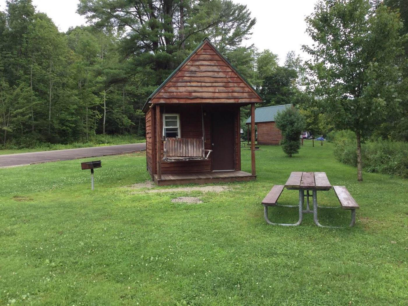 Willow Bay Recreation Area: Campsite 31