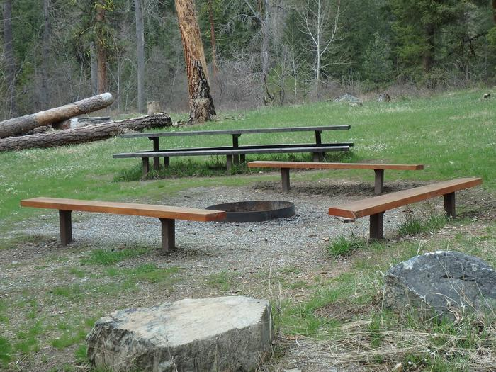 Preview photo of Pine Flats Group Campground