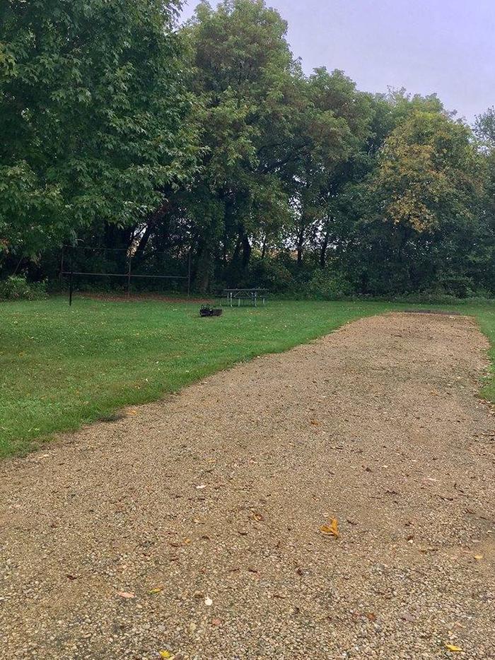 Site E10 ground image (entire photo)
