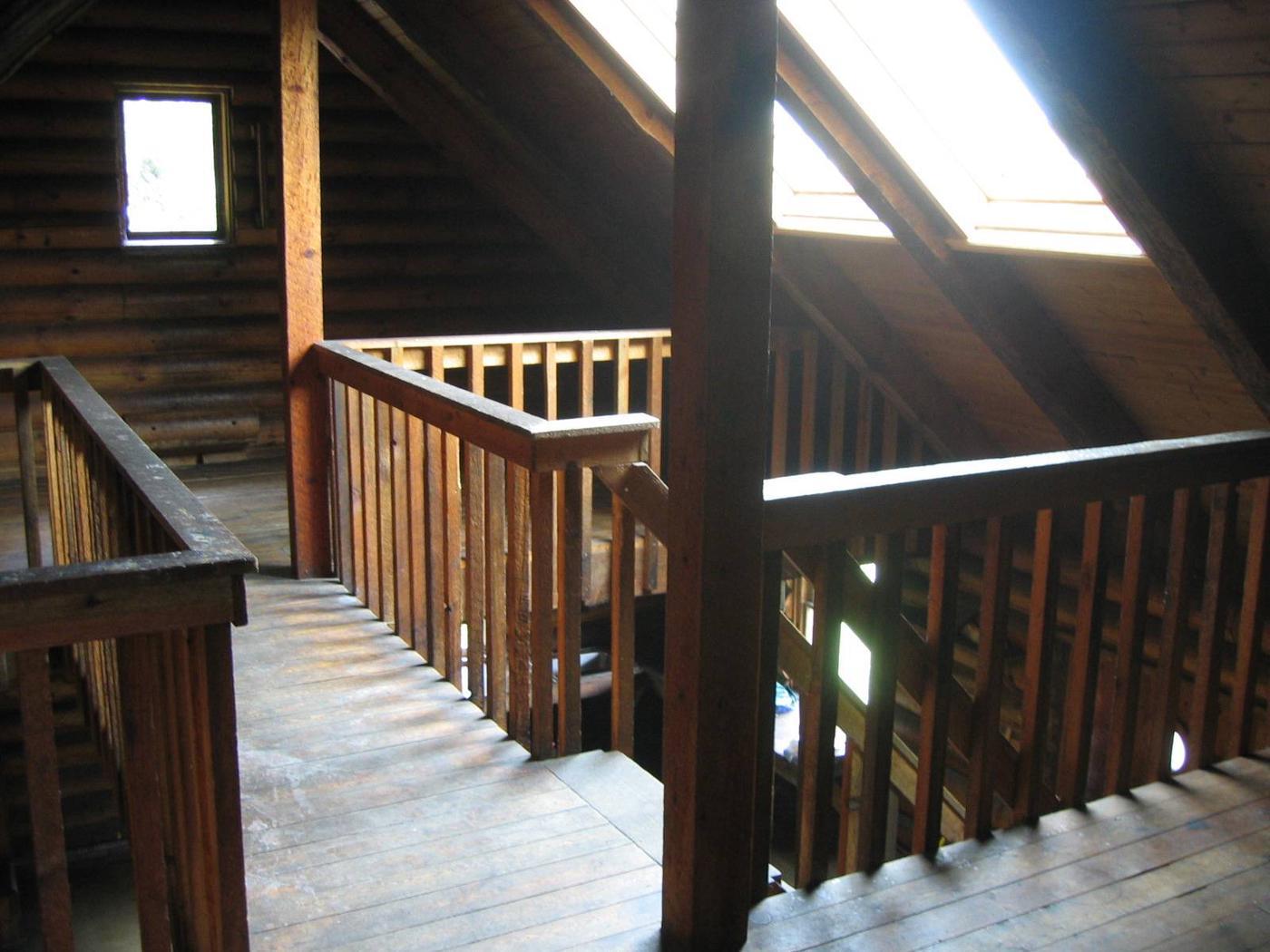 Samsing Cove Cabin