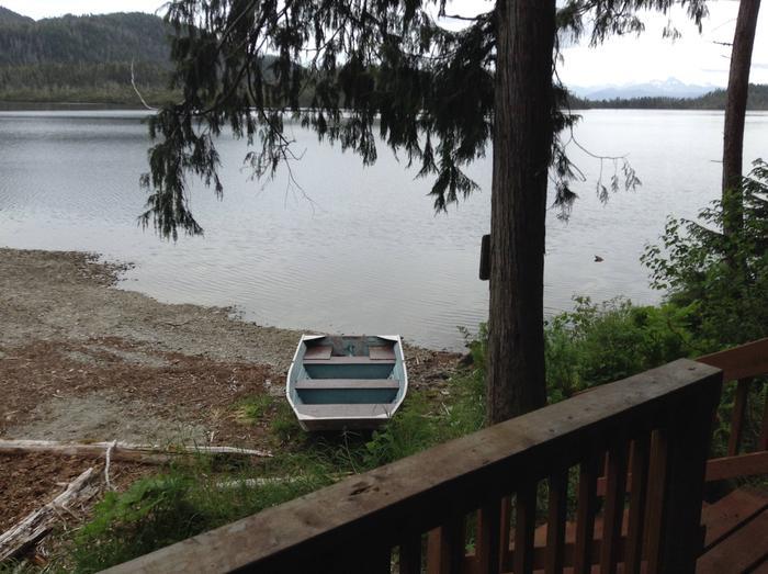 SULOIA LAKE CABIN BOATSuloia Lake Cabin