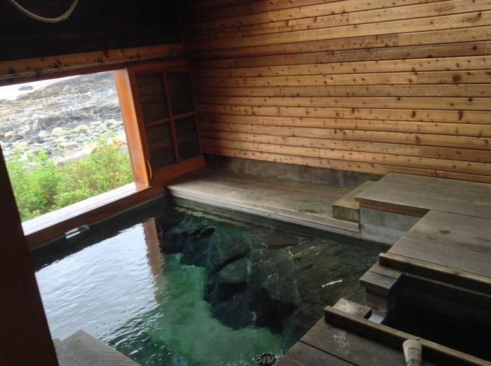 White Sulphur Springs BathhouseWhite Sulphur Springs Cabin, Bathhouse