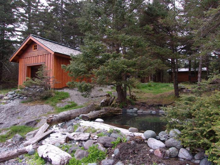 White Sulphur Springs Bathhouse and CabinWhite Sulphur Springs Bathhose and Cabin