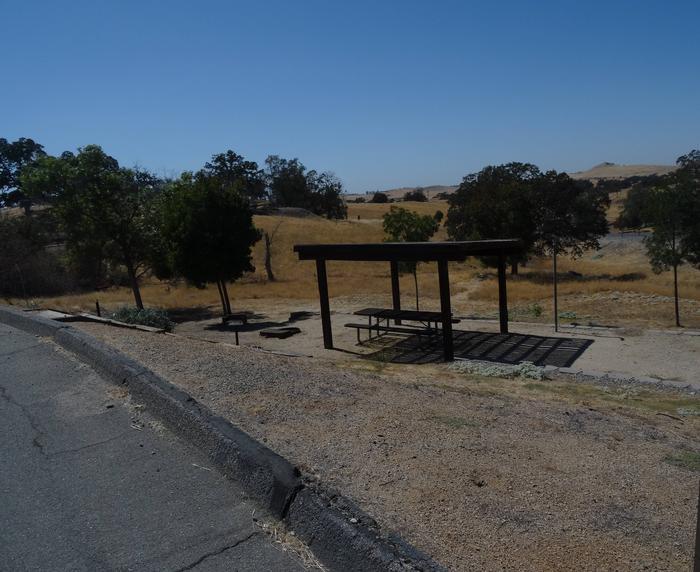 Site 1.