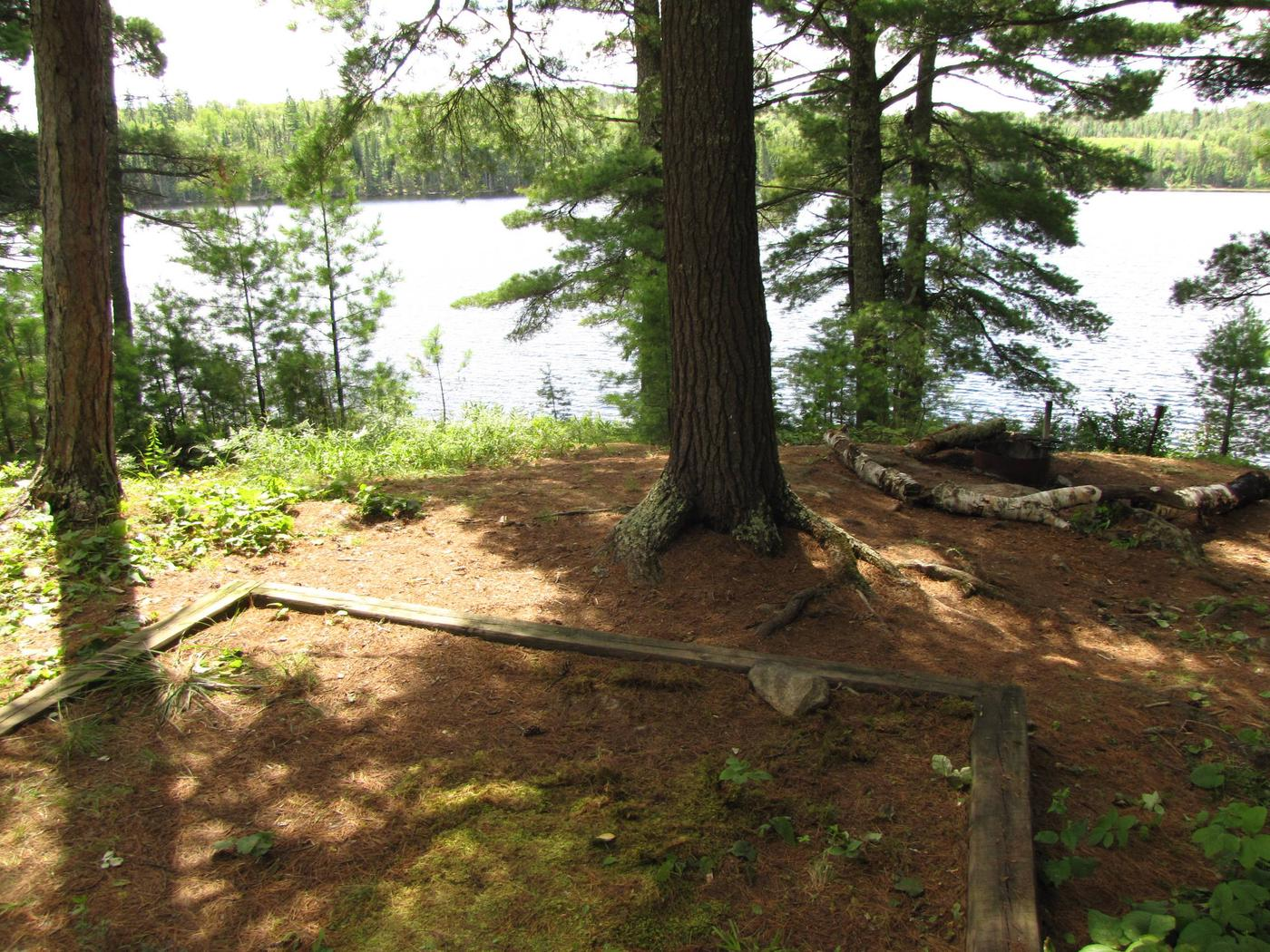 B11 - Loiten Lake backcountry campsite