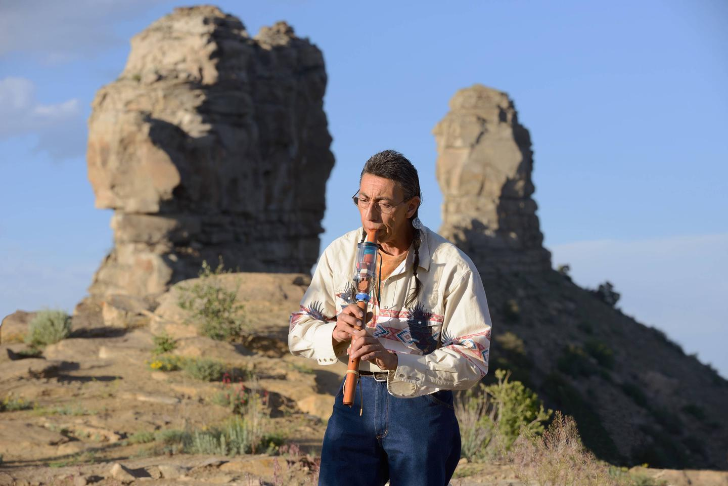 Listen to live Native American flute music while atttending the Full Moon Program at Chimney Rock National Monument!You'll be torn between looking west to see the spectacular sunset and focusing on the eastern mountain range to see the first sliver of moon at Chimney Rock's Full Moon Program.