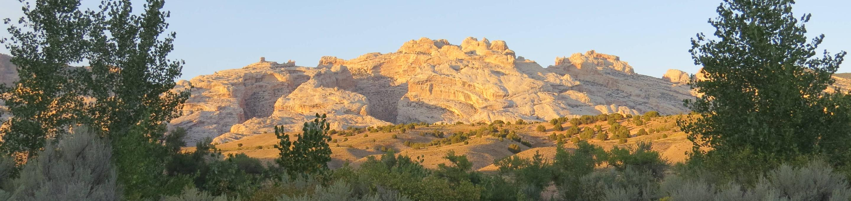 Split mountain at sunset from A loop.