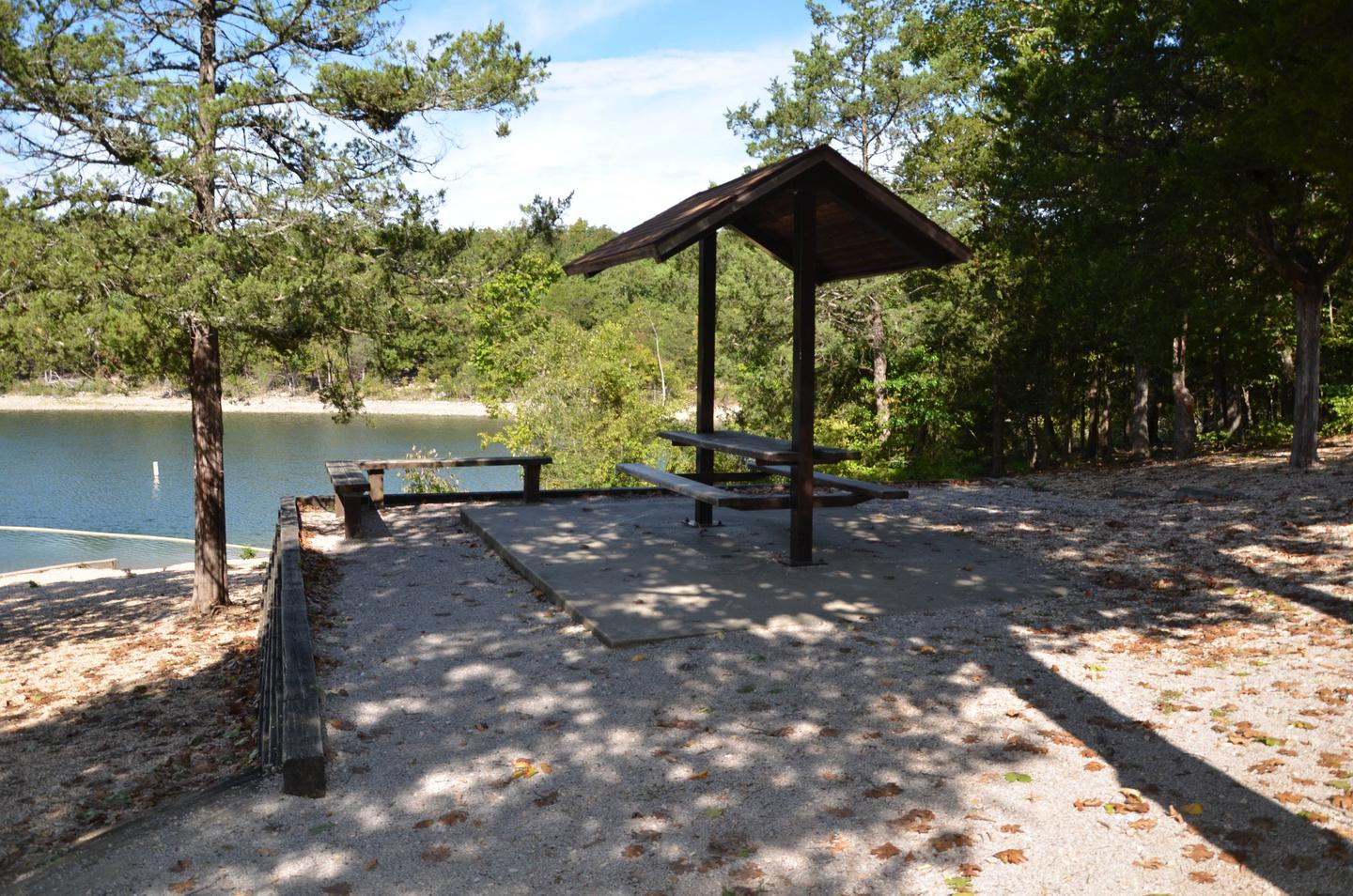 INDIAN POINTPicnic Tables