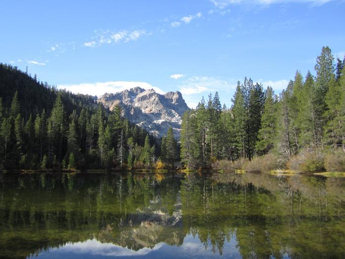 Sierra Buttes at Sardine Lake