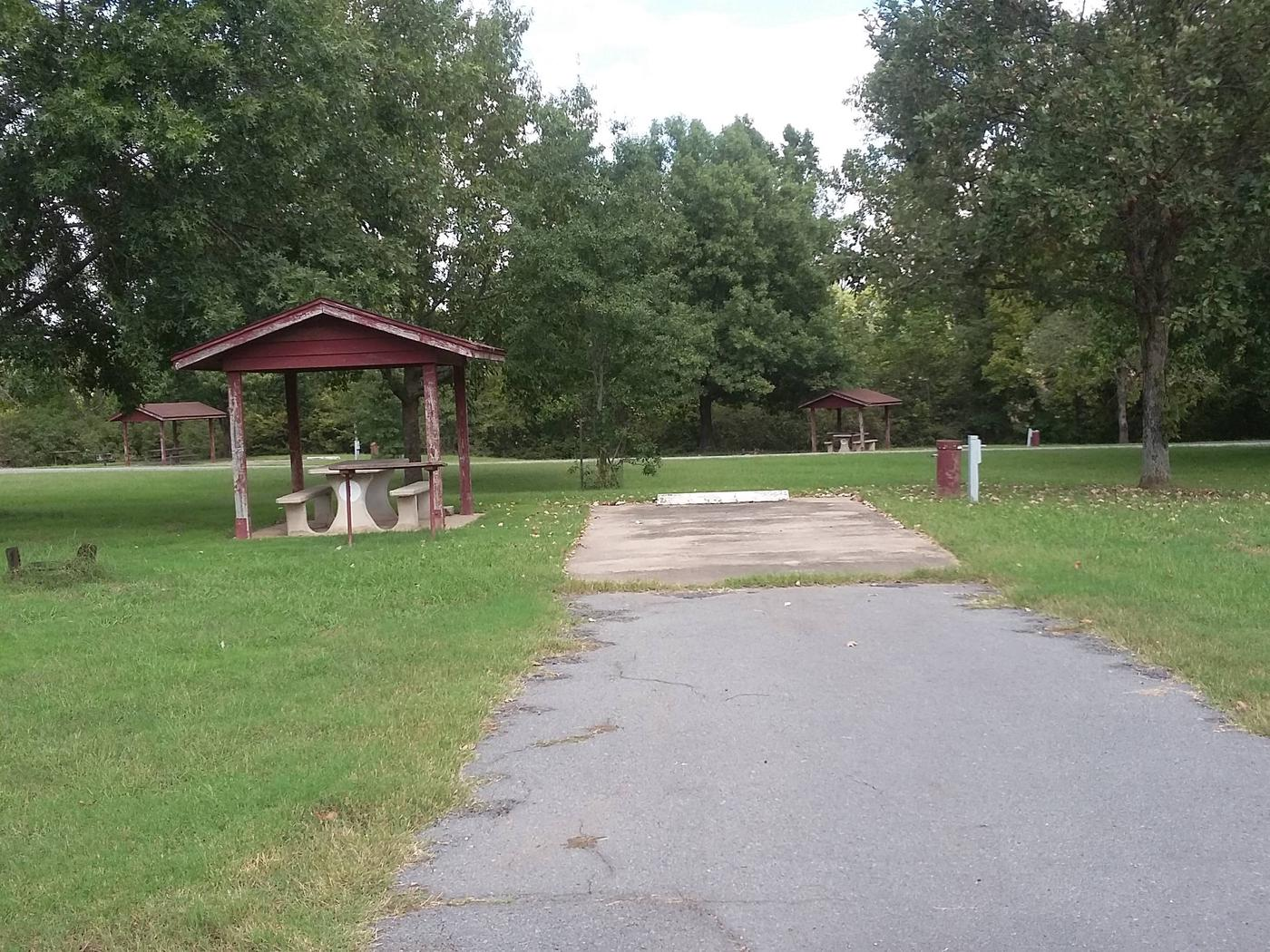 100 Yards to Shower/Restroom. 300 Yards to Arkansas River Access.Site 1