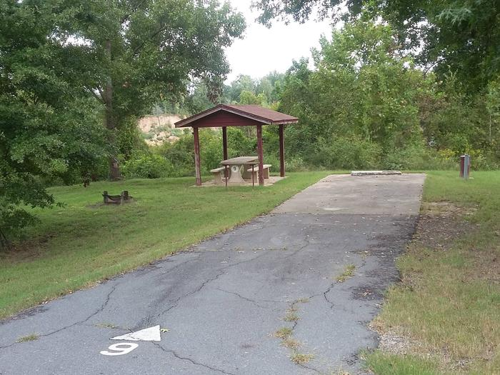 100 Yards to Shower/Restroom. 300 Yards to Arkansas River Access.Site 9