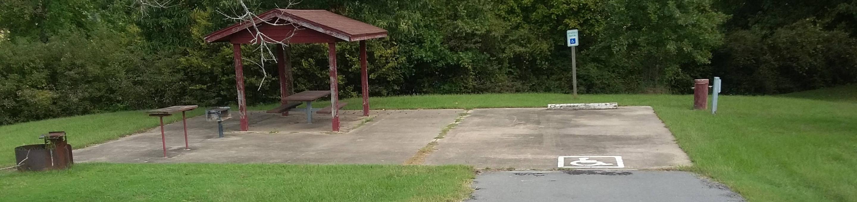 Handicap Site. 100 yards to Shower/Restroom. 300 yards Arkansas River Access.Site 21 Handicap Accessible