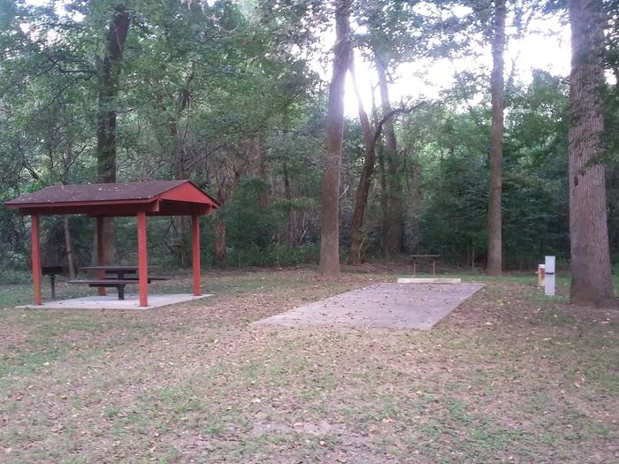 100 yards to Shower/Restroom. 300 Yards to Arkansas River Access.C-14