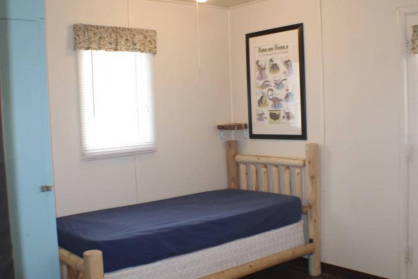 twin bedCabin 5: View to right of door showing twin bed.