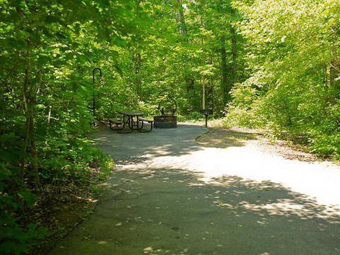 Arrowhead Campground-Site 001