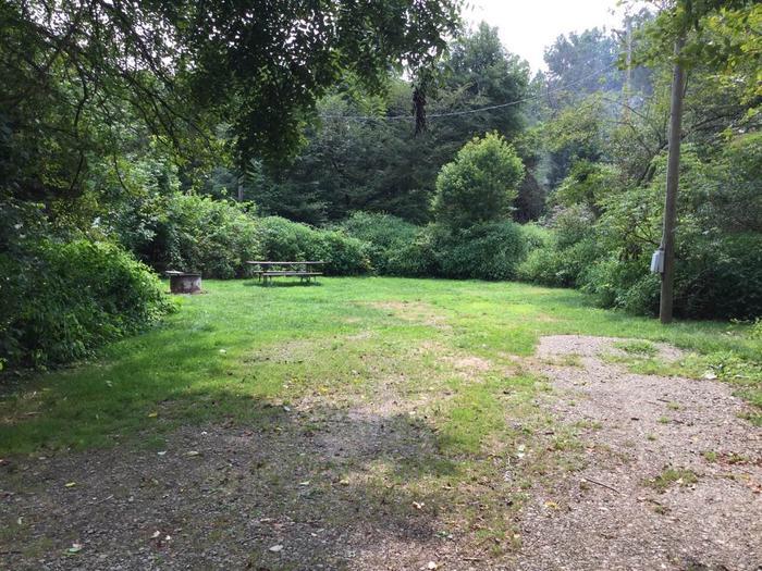 Buckaloons Recreation Area: Campsite 30