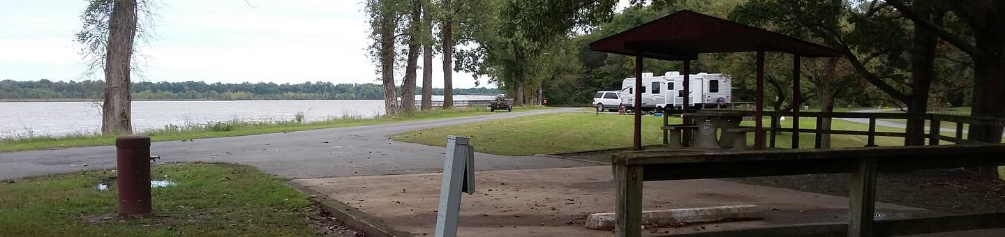 200 Yards to Shower/Restroom. 300 yards to Arkansas River Boat Ramp.C-2