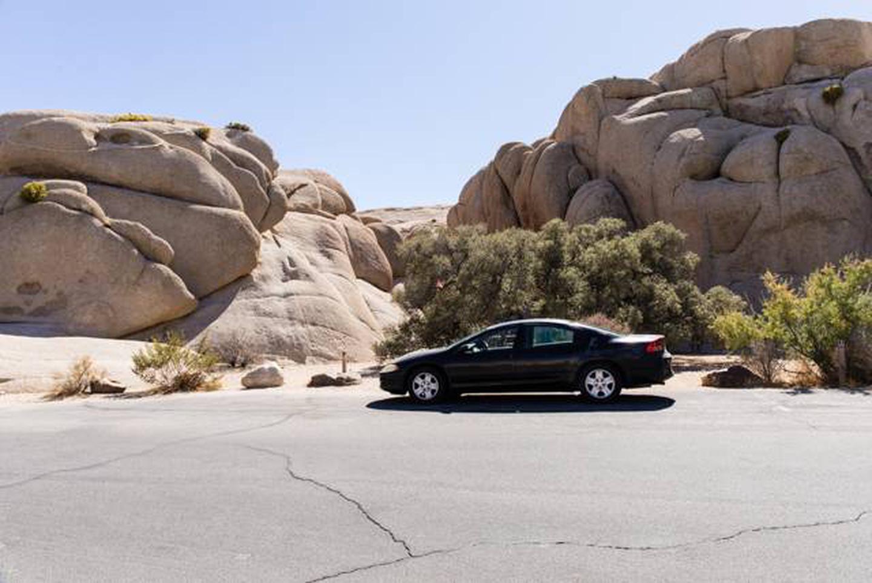Jumbo Rocks site 2aParking space for campsite